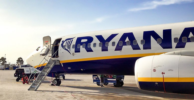 Ryanair aircraft - door open